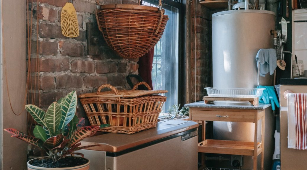 chauffe-eau installé dans une cuisine